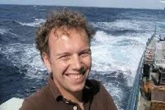 "Image for Keynote Seminar by Dr. Erik van Sebille (Grantham Institute & Department of Physics, Imperial College London, United Kingdom): ""Dispersion and accumulation of plastic litter by ocean currents and eddies"""